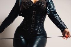 Mistress Luna in leather